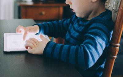 DNEŠNÍ DĚTI A MODERNÍ TECHNOLOGIE